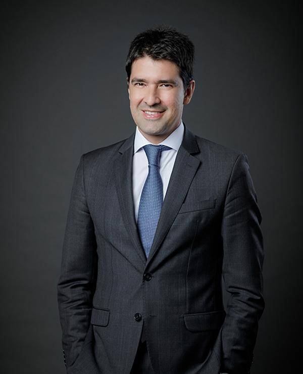 Eduardo Martinelli Carvalho